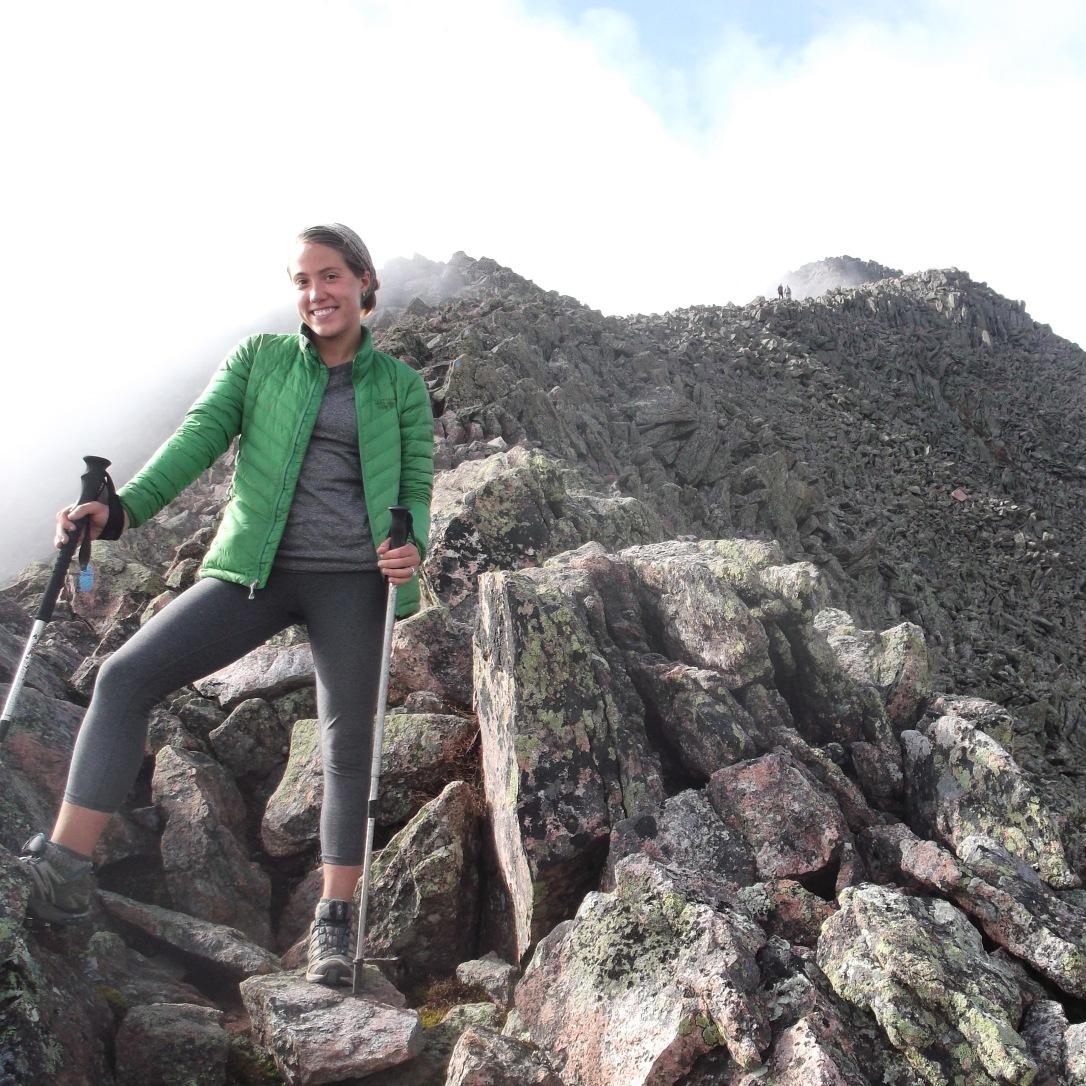 petitie hiker 3